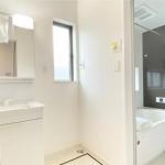 洗面台のボウルはお手入れしやすい人造大理石☆(内装)